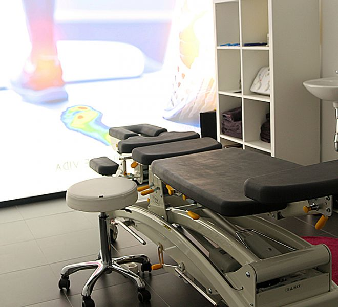 06 - Manipulación vertebral